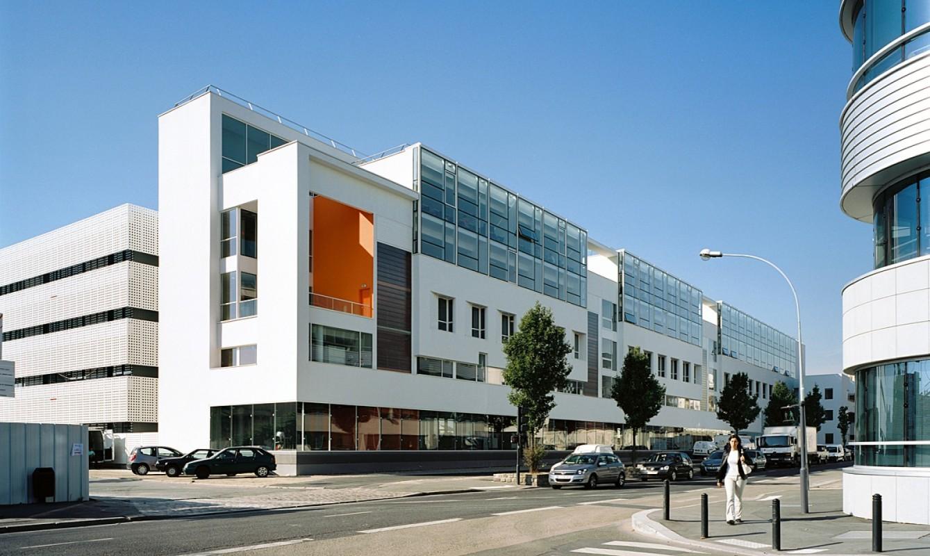 Conservatoire National des Arts et Métiers et Institut National de Métrologie