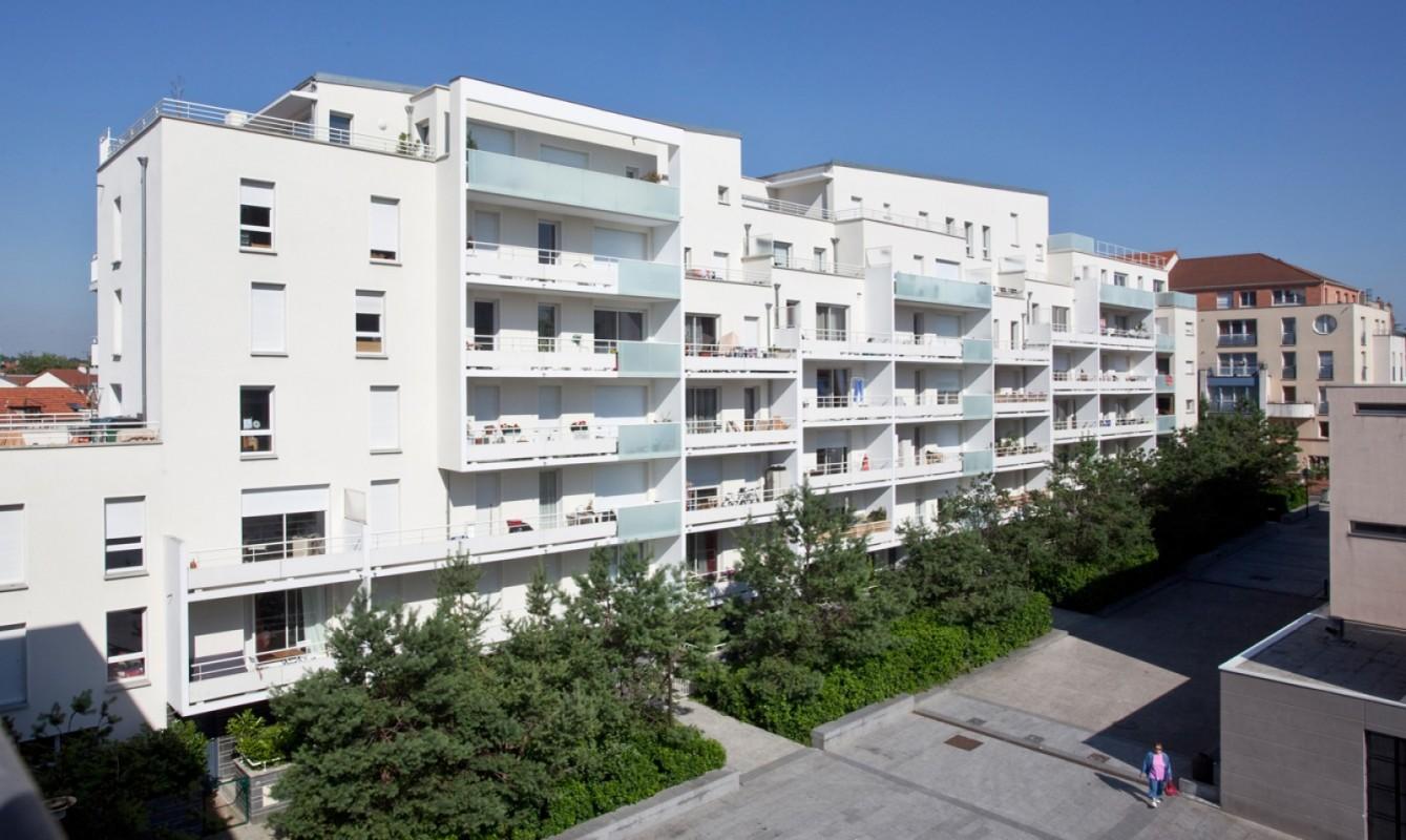 86 logements et parking